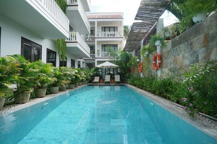 Có nên đồng hành cùng đơn vị xây bể bơi giá rẻ?