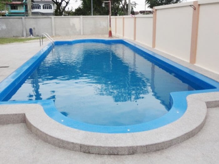 Bể bơi đúc sẵn