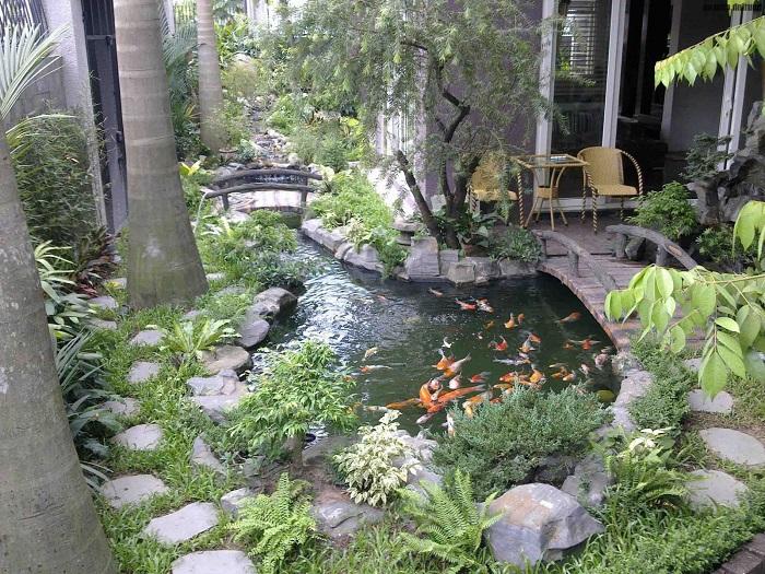 Đá dùng phổ biến cho việc trang trí không gian hồ cá Koi