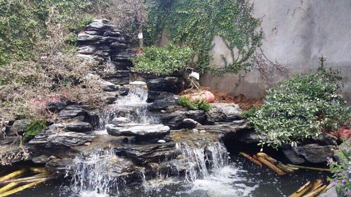 Công trình thác nước cực đẹp bằng đá trang trí