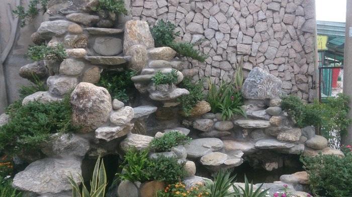 Kiểu thiết kế chú trọng đá trang trí
